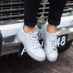 sneaker-effen-grijs-pf