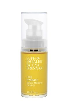 It's the time of year where we fine-tune our hydrating skincare regime! We've cast our eye on the much-hyped Hydrating Rose Facial Oil by Una Brennan.