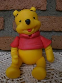 Cold Porcelain Tutorials: Winnie the Pooh, Step by Step