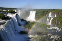 Foz do Iguaçu, PR, Brazil This is the Foz do iguaçu Waterfall, is the Largest waterfalls in the world! It is located on the border between Brazil and Argentina. Iguazu Waterfalls, Famous Waterfalls, Beautiful Waterfalls, Best Places To Travel, Places To Visit, Argentina Culture, Visit Argentina, Largest Waterfall, Iguazu Falls