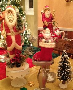 For the buffet table; Santa-scape