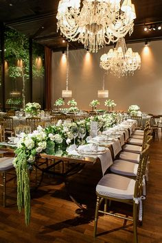Choosing The Flower Arrangements For Church Wedding Card Table Wedding, Wedding Table Flowers, Wedding Table Settings, Buffet Wedding, Reception Decorations, Event Decor, Wedding Centerpieces, Table Decorations, Centrepieces