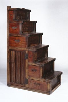 Brooklyn Museum: Asian Art: Kaidan Tansu (Chest of Drawers in the Form of a Stairway) Exactly like the stairs to Hanako's bedroom. Japanese Furniture, Asian Furniture, Old Furniture, Unique Furniture, Vintage Furniture, Gothic Furniture, Tiny House Stairs, Stair Storage, Chest Of Drawers