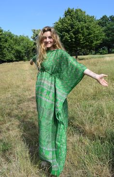 When it's so hot that all you want to be is naked, a floaty kaftan is the next best thing. Crazy easy to make, but with just enough techniqueto keep you from g