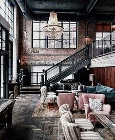 Industrial Style Loft with charming elements to add to your home decor. A breath of fresh air into your industrial style loft. In an industrial style world, the interior design project of today will m Industrial Interior Design, Vintage Industrial Decor, Industrial House, Industrial Interiors, Home Interior Design, Interior Architecture, Interior And Exterior, Industrial Lighting, Industrial Furniture