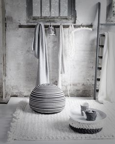 Knitty things via Jeroen van der Spek, via Cherry Blossom World... #white #grey