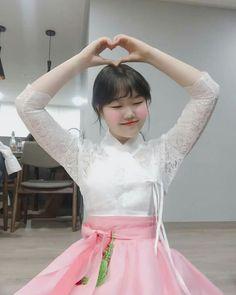 K Pop, Lee Soo Hyun, I M Married, Akdong Musician, Yg Entertainment, Ulzzang Girl, Red Hair, Tulle, Ballet Skirt