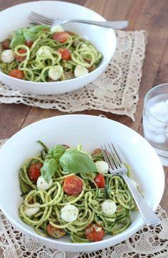 """Zucchini Noodle Caprese. A delicious, Italian-inspired zucchini noodle """"zoodle"""" recipe with basil pesto. Gluten-free, grain-free, paleo."""