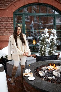I wore this cream shearling jacket which I posted a while back on my instastories - that almost sold out immediately! Winter Fashion Outfits, Fall Winter Outfits, Chic Outfits, Autumn Winter Fashion, Winter Style, Women's Fashion, Winter Ootd, Urban Outfits, Winter Clothes
