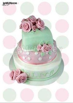 http://www.lemienozze.it/gallerie/torte-nuziali-foto/img32526.html Torta nuziale verde e rosa