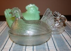 Vintage Old Indiana Glass Hen on Nest Clear by AstridsPastTimes