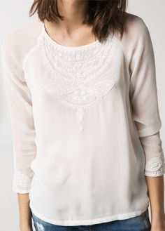 Blouse gaze broderies