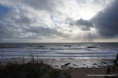 AnneClaireBCN: Les Grandes Marées Beach, Outdoor, Normandie, Sleeve, Blue, Outdoors, The Beach, Beaches, Outdoor Games
