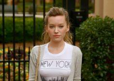new york, street style, blogger, t-shirt, blonde, high ponytail, messy hair