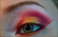 Eyes on Fire http://www.makeupbee.com/look.php?look_id=73310