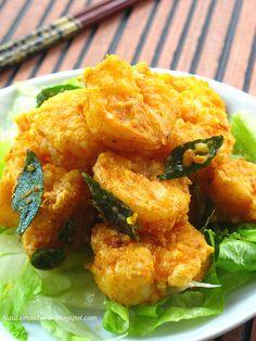 Nasi Lemak Lover: Deep Fried Prawns with Salted egg yolk Prawn Recipes, Fish Recipes, Seafood Recipes, Asian Recipes, Cooking Recipes, Ethnic Recipes, Chinese Recipes, Chinese Food, Cooking Pork
