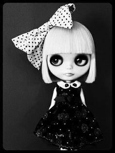 Blanca Noir Blythe
