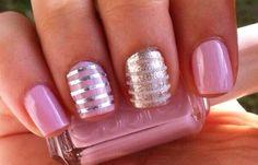 Diseños de uñas con rayas y colores, Diseños de uñas con rayas finas.  Follow! #diseñatusuñas #nails #uñasconbrillos