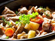 Irish Stew    Herbstzeit, Kohl, Kartoffeln, - Schmorgerichte, dampfende Töpfe …    http://einfach-schnell-gesund-kochen.de/irish-stew/
