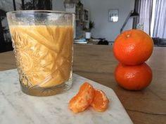 Heerlijk recept voor een zomerse mandarijn smoothie. Gezond de dag starten met een lekker frisse smoothie gemaakt van mandarijn en banaan.