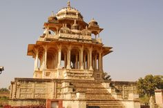 Chaurasi Khambon Ki Chhatri (84 Pillar Cenotaph), Bundi, Rajasthan (1683) India Architecture, Historical Architecture, Architecture Design, Big Ben, Tourism, Explore, Places, Travel, Shiva