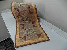 Caminho de mesa, tecido importado