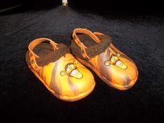 Size 6 Toddler.  Disney Store brand Tigger furry croc style shoes!  Retail for $4.99 and UP.  Currently listed at www.desertphoenixonline.com for ONLY $1.99.  1 available!