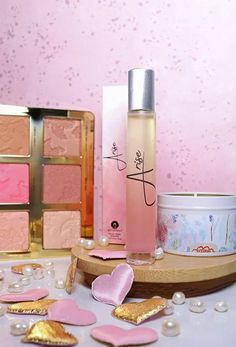 Check out a review of Arise oil fragrance with notes of jasmine flower, grapefruit, orange, Clean Perfume, Summer Beauty Tips, Beauty Must Haves, Daily Makeup, House Smells, Beauty Review, Perfume Oils, Pure Essential Oils, Tatoo