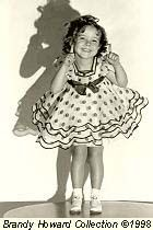 Vintage Movie Stars, Old Movie Stars, Vintage Movies, Vintage Hollywood, Classic Hollywood, Baby Doll Picture, Shirly Temple, Temple Dress, Child Actresses