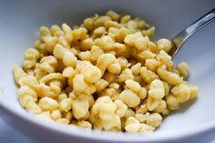 Ob geschabt oder gepresst - diese VEGANEN Spätzle gelingen einfach immer und stehen dem Klassiker Eierspätzle in nichts nach! Vegan & lecker!