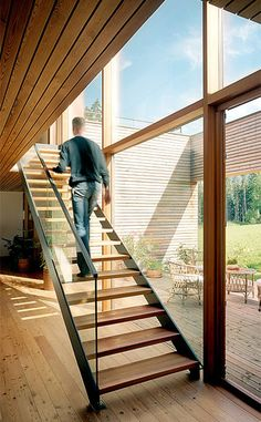 Modern Staircase Design Ideas - Modern stairways are available in numerous styles and designs that can be actual eye-catcher in the various area. We've assembled best 10 modern designs of stairways that can give. Open Stairs, Glass Stairs, Loft Stairs, Staircase Railings, Wooden Staircases, House Stairs, Stairways, Staircase Remodel, Floating Staircase