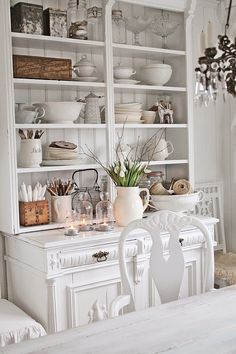 VIBEKE DESIGN: Beautiful cupboard with great collection of whites