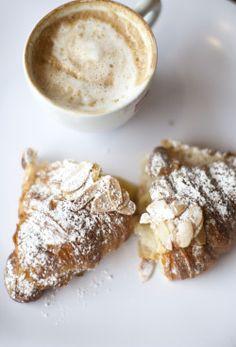 eat this ~ a parisian breakfast (petit déjeuner) of cafe au lait & croissant Almond Croissant, Croissant Recipe, Think Food, Love Food, Parisian Breakfast, Perfect Breakfast, Breakfast Cafe, Italian Breakfast, Morning Breakfast