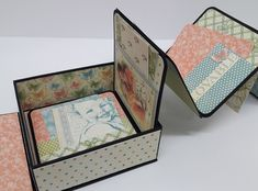 Learn how to combine a box with an accordion mini album. Cut five x strips from black cardstock. Fold strips in half. Attach a square to each side of folded strip. Continue to attach all squares to strips until you have an accordion. Scrapbooking Album, Paper Bag Scrapbook, Birthday Scrapbook, Mini Scrapbook Albums, Mini Photo Albums, Mini Albums Scrap, Graphic 45, Tutorial Scrapbook, Accordion Book