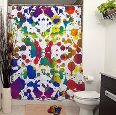 He encontrado este interesante anuncio de Etsy en https://www.etsy.com/es/listing/164373261/rainbow-tears-white-printed-shower