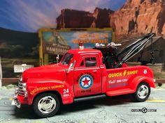1:38 KINSMART 1953 CHEVROLET 3100 WRECKER TOW TRUCK - Red #Kinsmart #Chevrolet