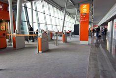 Lotnisko Okęcie, Wykładzina Flotex Calgary