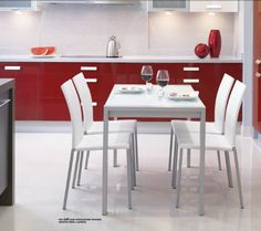 pack mesa alba y sillas yuki Cocina Office, Table, Furniture, Home Decor, Dining Room Furniture, Table And Chairs, Kitchens, Yurts, Mesas