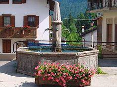 Fontana di Lozzo di Cadore Belluno Dolomiti Veneto Italia