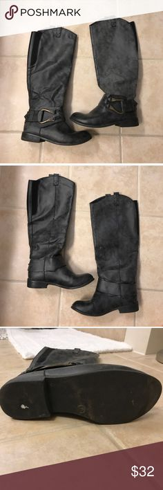 Mossimo grey buckle boots size 8 Mossimo grey buckle boots size 8 Mossimo Supply Co Shoes Combat & Moto Boots