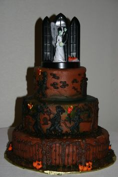 Frankenstein and his Bride wedding cake, complete with angry mobsters! Gothic Wedding Cake, Gothic Cake, Beautiful Wedding Cakes, Beautiful Cakes, Amazing Cakes, Wedding Bride, Wedding Bells, Halloween Wedding Cakes, Halloween Cakes
