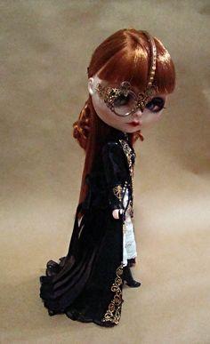 OOAK CUSTOM BLYTHE DOLL MINNA - STEAMPUNK LADY Custom & exclusive outfit by R. Szani