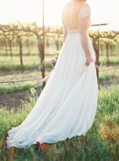 Open back: http://www.stylemepretty.com/2015/05/18/purple-garden-glam-wedding-inspiration/ | Photography: Jessica Burke - http://www.jessicaburke.com/