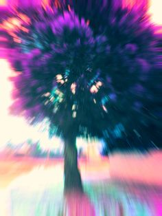 Find images and videos about wallpaper, colors and tree on We Heart It - the app to get lost in what you love. Acid Trip, Psy Art, Mystique, Glitch Art, Psychedelic Art, Artsy Fartsy, Art Photography, Photos, Painting
