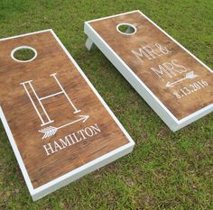 Super easy to personalize your own gorgeous cornhole set with vinyl decals. An awesome DIY project or wedding gift for the bride and groom or an awesome way for dad to make a meaningful contribution to wedding planning. Wedding Gifts For Bride And Groom, Mr And Mrs Wedding, Bride Gifts, Bride Groom, Cool Diy, Easy Diy, Wedding Reception Games, Outdoor Wedding Games, Outdoor Games