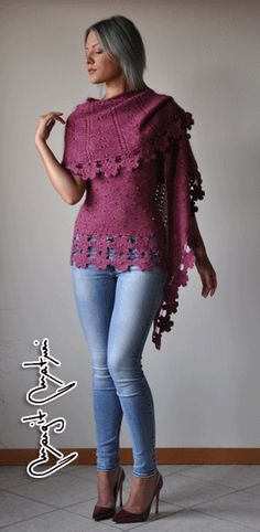 Ravelry  Scialle Raspberry Silk pattern by Margit Maturi Raspberry,  Ravelry, Swarovski, Raspberries 120e09ca15d