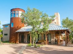 Beautifully designed & decorated Texas Hill Country style in this Austin vacation estate rental...