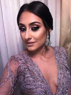 #style #brunettehair #makeuplover #cateyemakeup #glittermakeup #glammakeup