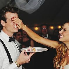 Wedding Tips  Tricks: 17 must have photos for your wedding day! (Photo via ZADesignz)