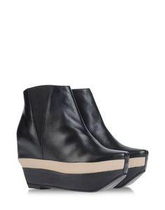 MIISTA #emergingdesigner #fashion #shoes